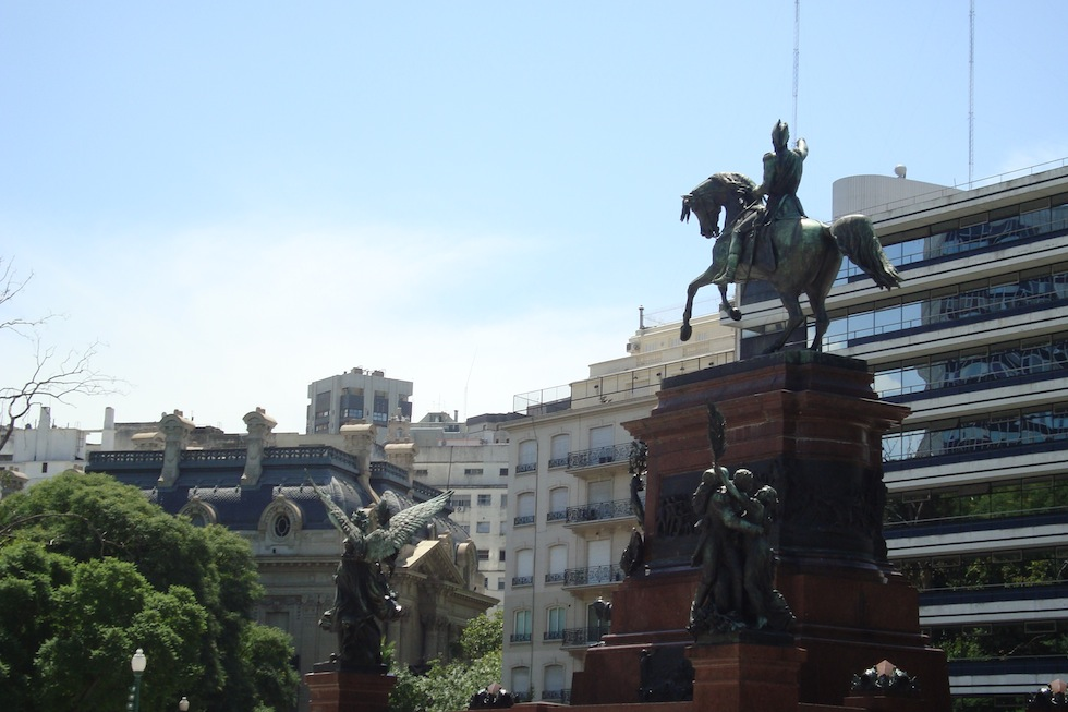 Monument in Plaza San Martin