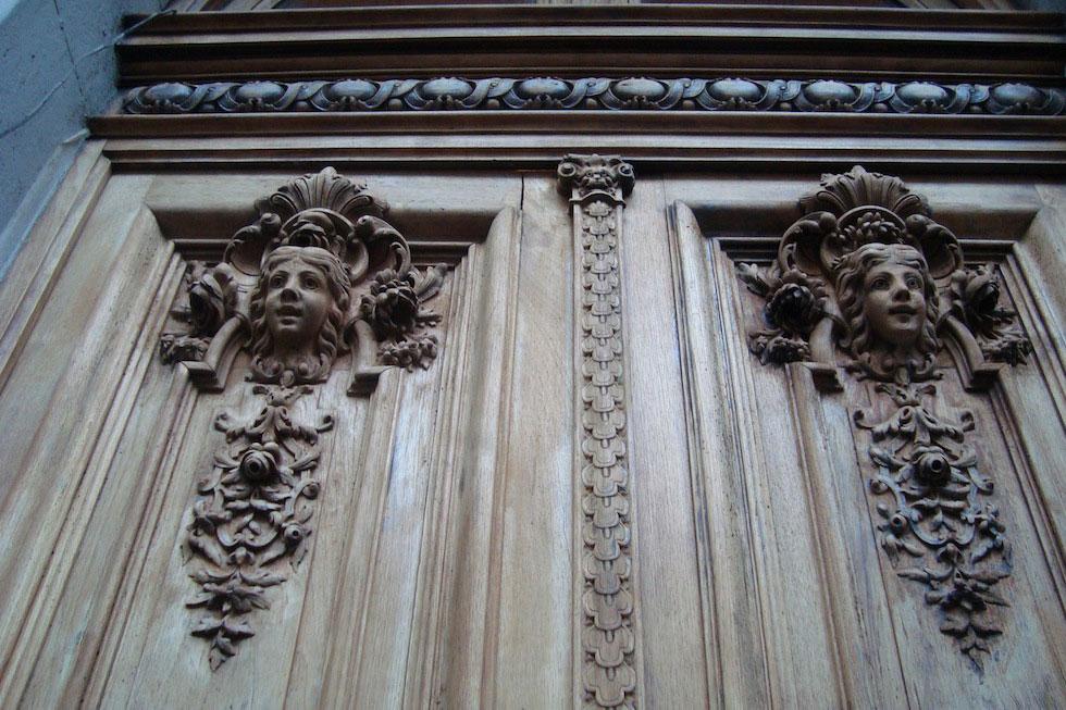 Doors on Talcahuano